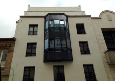 fasada szklana z profili stalowych Paryż