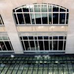 okna stalowe w obiekcie przemysłowym