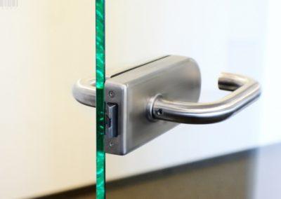 klamaka-drzwi-szkalne